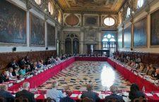 Venedik Komisyonu da aynı yolda…