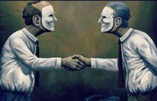'Düşmanın dostundan çoktur'